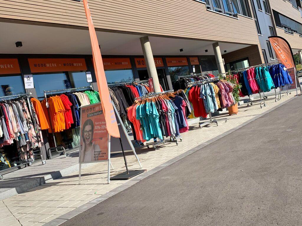 Modewerk Oberstaufen Galerie Außenverkauf